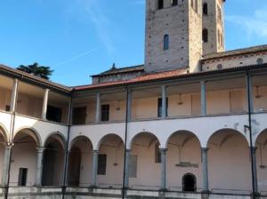 Basilica di Sant'Abbondio, Como, Italia
